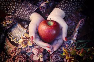 maçã prende ou solta o intestino