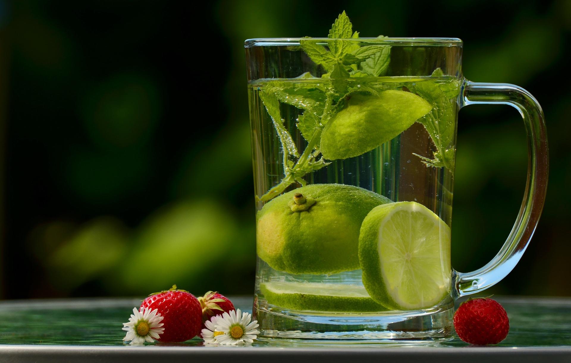 Benefícios do suco detox verde