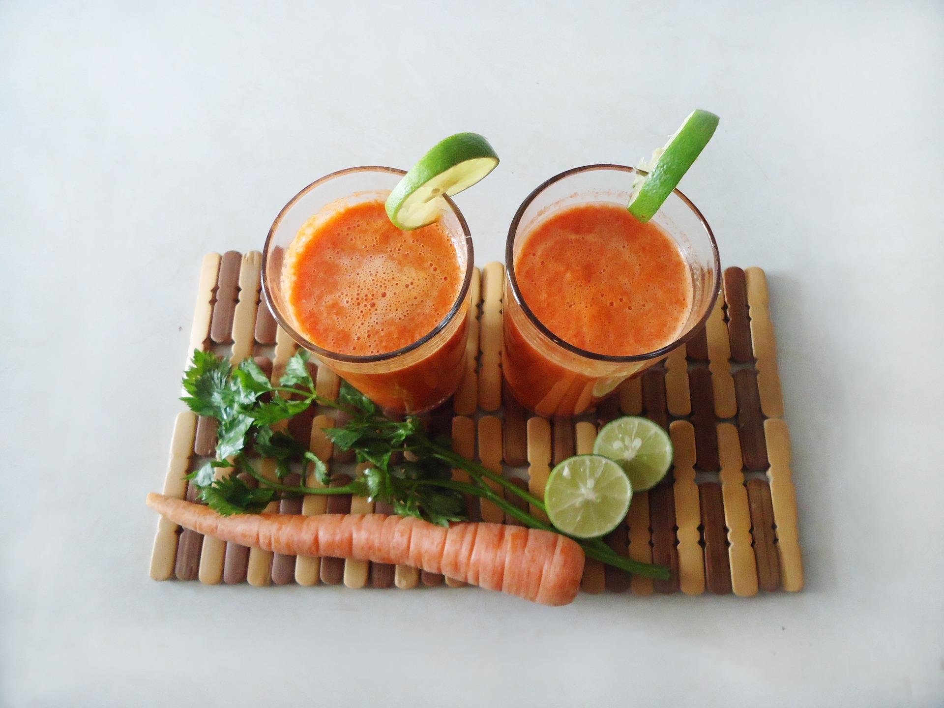 Receita de suco detox com cenoura e gengibre