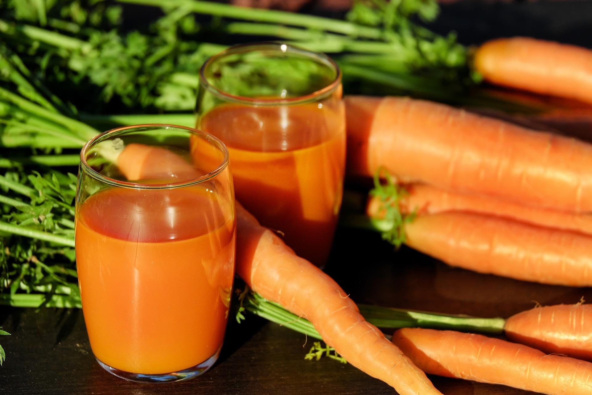 Suco detox de cenoura