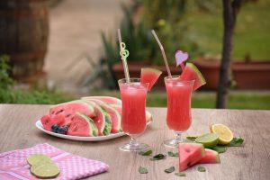 Suco detox melancia e hortelã